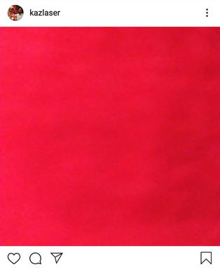 理由 カズレーザー 赤い服